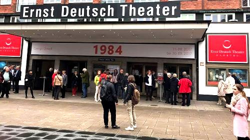Ernst Deutsch Theater Hamburg schenkt FreiwilligenBörseHamburg Freikarten für Orwell 1984